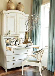 Decorating With Swedish Gustavian White Painted Desks - decoration,wood,wood working,furniture,decorating Eclectic Home, Decor, Interior Design, Furniture, Gustavian Furniture, Home, Interior, Shabby Chic Homes, Home Decor