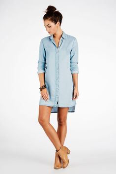 Faherty Brand - Sunset Dress - Light Wash Indigo