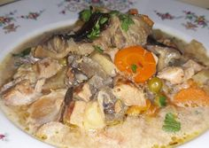 Naan, Pot Roast, Thai Red Curry, Paleo, Chicken, Ethnic Recipes, Food, Carne Asada, Roast Beef
