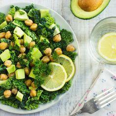 Salata pentru slabit cu naut si avocado - Vrei nu vrei, cand vine vorba de slabit, trebuie sa mananci multe salate