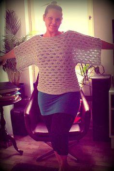Knitted blouse. Moda 3/2011 Crochet Top, Pullover, Blouse, Sweaters, Handmade, Women, Fashion, Moda, Hand Made