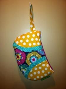 Ruffle Wristlet $20.00 Buy and Sell Crafts On Line | Handmade Crafts to Sell? Free Posting