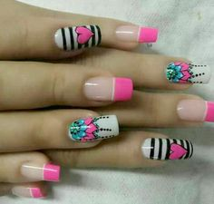 The University of Manicure: The art of drawing mandalas . on your nails - Best Nail Art Butterfly Nail Designs, Bright Nail Designs, Elegant Nail Designs, Creative Nail Designs, Nail Art Designs, Funky Nail Art, Cute Nail Art, Really Cute Nails, Pretty Nails