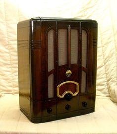 Old Antique Wood RCA Vintage Tube Radio Restored Working w Green Tuning Eye | eBay