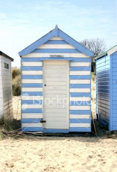 Beach hut themed garden shed this is painted with for Beach hut ideas
