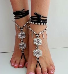Barfußsandalen, barefoot sandals flowers von Art of Rainbow auf DaWanda.com