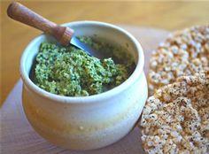 Roasted Garlic and Pumpkinseed Pesto #vegan anti #candida #glutenfree @rickiheller
