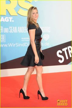 Jennifer Aniston: 'We're the Millers' Germany Premiere! | jennifer aniston were the millers berlin premiere 05 - Photo