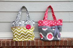 Cute fabric tote tutorial - straight sewing lines only, so it's easy!
