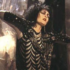 Siouxsie Sioux dazzles.