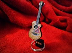 Small guitar and amp by Bauxi Small Guitar, Washer Necklace, Artisan, Amp, Deviantart, Decorations, Craftsman