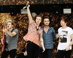 One Direction Summertime Ball 2015