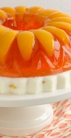 Peaches & Cream jello cake and other jello recipes Jello Gelatin, Gelatin Recipes, Jello Cake, Jello Molds, Jello Recipes, Jello Deserts, Köstliche Desserts, Delicious Desserts, Kabobs