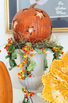 Ideas and inspiration for easy Fall decor that anyone can do!