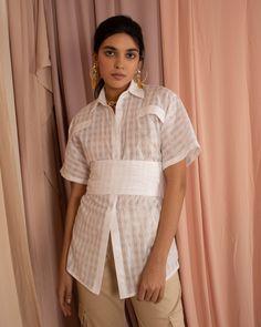 Jessica K Online Shop - Fresh & Modern Womenswear Label Sporty Chic, Women Wear, Button Down Shirt, Short Sleeves, Feminine, Ruffle Blouse, Spring Summer, Lust, Bohemian