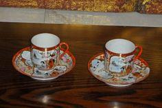 Två Kaffekoppar i Äggskalsporslin
