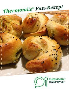 Schnecken mit Bärlauch-Schafskäsefüllung von SimsseeVroni. Ein Thermomix ® Rezept aus der Kategorie Backen herzhaft auf www.rezeptwelt.de, der Thermomix ® Community.