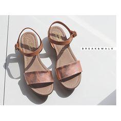 Sandalias Metalicas Break&Walk. Descubre toda la colección de sandalias en la Tienda Online de Break&Walk