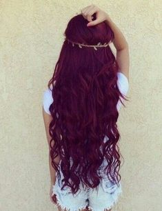 Are you looking for Dark Hair Color For Red Burgundy Violet Purple Hair Colors? See our collection full of Dark Hair Color For Red Burgundy Violet Purple Hair Colors and get inspired! Pelo Color Borgoña, Color Red, Burgundy Color, Red Purple, Magenta, Colour, Dark Red Hair, Long Burgundy Hair, Brown Hair