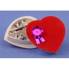 Miniature Heart Candy Box - Decorating a Dollhouse for Valentine's Day