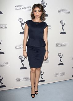 Modern Family's Sarah Hyland in Stella & Dot's Valor Pendant Necklace at a recent Emmy event in Los Angeles.
