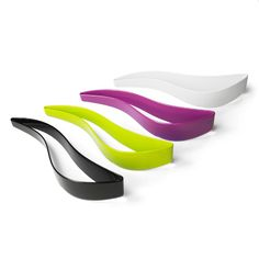 Back in stock - Magisso's cake slicer and server in all colours. Makes cutting and serving a piece of cake... a piece of cake! (sorry)