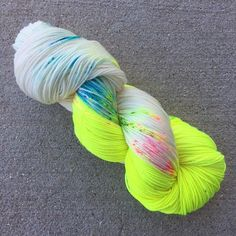 Available on the following yarn bases:  SIMPLE SOCK: 400 yards / 100g 80/20 Superwash Merino/Nylon, 2 ply  MIGHTY SOCK: 463 yards/100g 75/25