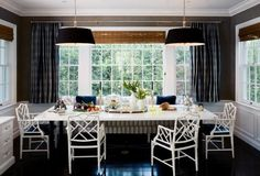 banquette with chinoiserie chairs