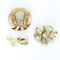 Diverse Lot of 14KG Brooches
