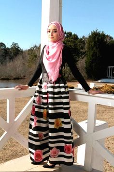 puffy maxi skirt hijab look