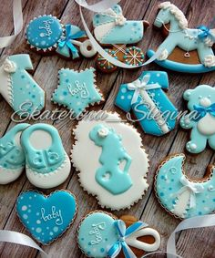328 отметок «Нравится», 6 комментариев — Екатерина (@ekaterina_slegina) в Instagram: «Нежный набор для вечеринки в честь обьявления пола будущего ребенка #пряничнаяоткрытка #пряники…» Baby Cookies, Baby Shower Cookies, Yummy Cookies, Cookie Time, Cute Babies, Cake, Instagram Posts, Shower Ideas, Desserts