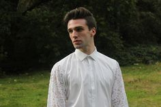 Our gardener shirt is a truly tasteful piece. Full cotton featuring long button-cuff sleeves, classic front fastening buttons and lace panelled arms, it assures the patron the highest luxury of all - individuality