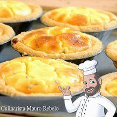 Empadinha de Queijo Culinarista Mauro Rebelo A receita da massa é a mesma da minha massa de empadão ( clique aqui ) que já postei nest...