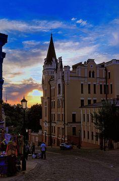 Sunset - The St Andrew's Descent Street - Kyiv, Ukraine
