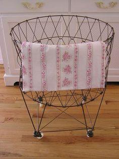 Vintage Style Laundry Basket