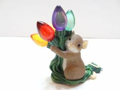 NIB Enesco Charming Tails ENJOY THE GLOW OF THE SEASON Mouse Figurine 97/147