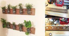 Haz este proyecto para exhibir tus plantas favoritas de una manera novedosa. Las hojas verdes le darán a tu casa un toque de frescura y naturaleza. Al mismo tiempo, el diseño del macetero creará un estilo rústico. Para hacerlo, puedes reutilizar frascos de vidrio y cualquier listón de madera que consigas. Esto abarata notablemente los costos de su realización Materiales - Madera: puedes reutilizar cualquier listón. - Frascos de vidrio: la cantidad que desees. Dependerá del tamaño del listón…