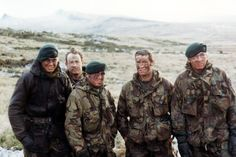 British Royal Marines, The falklands war British Royal Marines, British Army, British Royals, Georgia, Falklands War, War Photography, Modern Warfare, Special Forces, Cold War