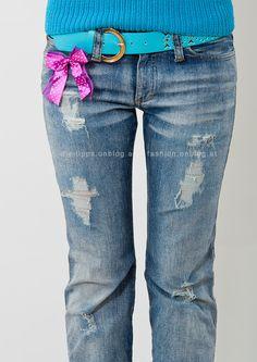 Destroyed (Used) Jeans selbermachen - Löcher mit sichtbaren Fäden - Endergebnis Fshion DIY Tutorial