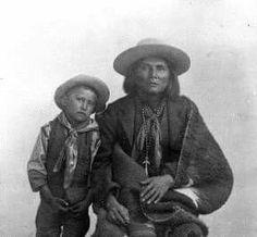 Photo of White Mountain Apache Al-Che-Say and his son. Arizona State Archives and Public Records.