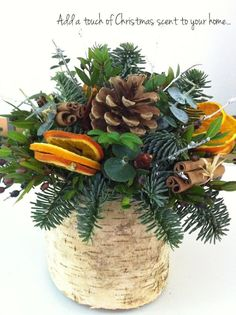 Flowerona shows us how to make this! Philippa-Craddock-Step-by-Step-Christmas-Arrangement-Flowerona