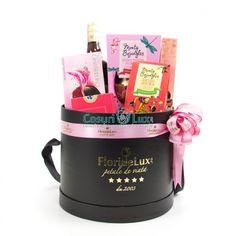 Cadou Pastel Pinks, un cos cadou perfect pentru femeia iubita din viata ta, pentru mama, colega preferata sau pentru a impresiona un partener de afaceri cu gusturile tale rafinate si alegerile perfecte! Comanda online aceasta cutie eleganta FlorideLux, plina cu: 3 cutii trufe diverse varietati premium Monty Bojangles, crema whisky Amarula, oua de ciocolata premium, 2 cutii praline ciocolata Amaretta si cirese. Ambalarea acestui cos cadou de Paste se face in vid, cu decor amplu fundita satin…
