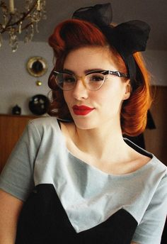 Rockabilly hair {stunning shirt too ! }