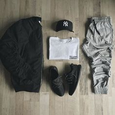 Mens and womens fashion, clothing, apparel - minimal streetwear street style outfits . Check out our clothing line launching 2017 threadsnation Polyvore Outfits, Komplette Outfits, Casual Outfits, Fashion Outfits, Outfits For School, Hijab Casual, Fashion Mode, Trendy Fashion, Winter Fashion