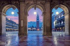 *🇮🇹 St Mark's Square (Venice, Italy) by videophotoart com / Saint Mark's Basilica, Public Square, Cool Landscapes, Beautiful Landscapes, City Buildings, Photos Of The Week, Venice Italy, Landscape Photography, Nature Photography