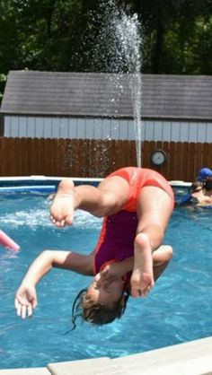 Perfectly Timed Photos is just proof of that. Perfectly Timed Photos, a collection of hilarious pics you must see.perfectly timed photos ~ jumping in pool, upside own with water shooting out of assr/funny - Well timed photo dump!
