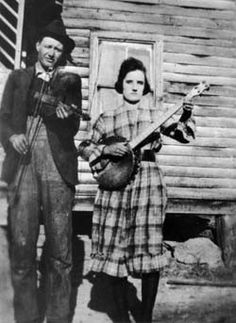 Tommy Jarrell Fiddle | Tommy Jarrell, c. 1917; cropped from larger photo of Tommy with Lily ...