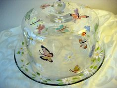 Hand painted cake dome and plate with butterflies par TivoliGardens, $58.00