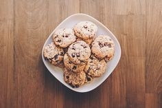 Peanut butter cookies is high in protein and fiber.It provide you good health benefits. You can use this peanut butter cookies as a snacks or dessert. Chocolate Chip Cookies, Peanut Butter Cookies, Chocolate Chips, Homemade Butter, Homemade Cookies, Cookie Recipes, Dessert Recipes, Desserts, Baking Recipes