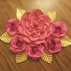 #paperflower #paperflowers #paperflowerbackdrop #backdrop #paperflowerwall #pink #gold #babyshower